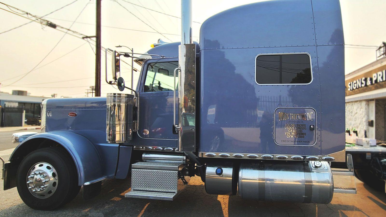 custom truck lettering
