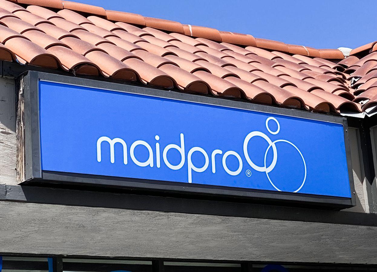 maidpro lightbox sign