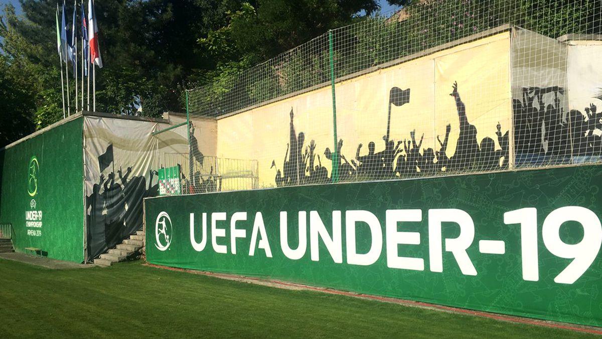 Uefa vinyl banners