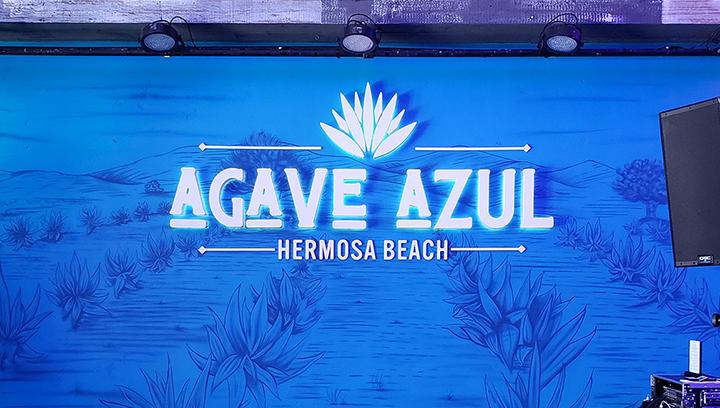 agave-azul-backlit-sign