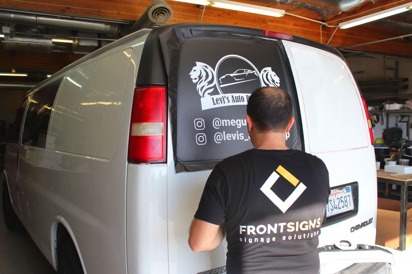 van wrapping process