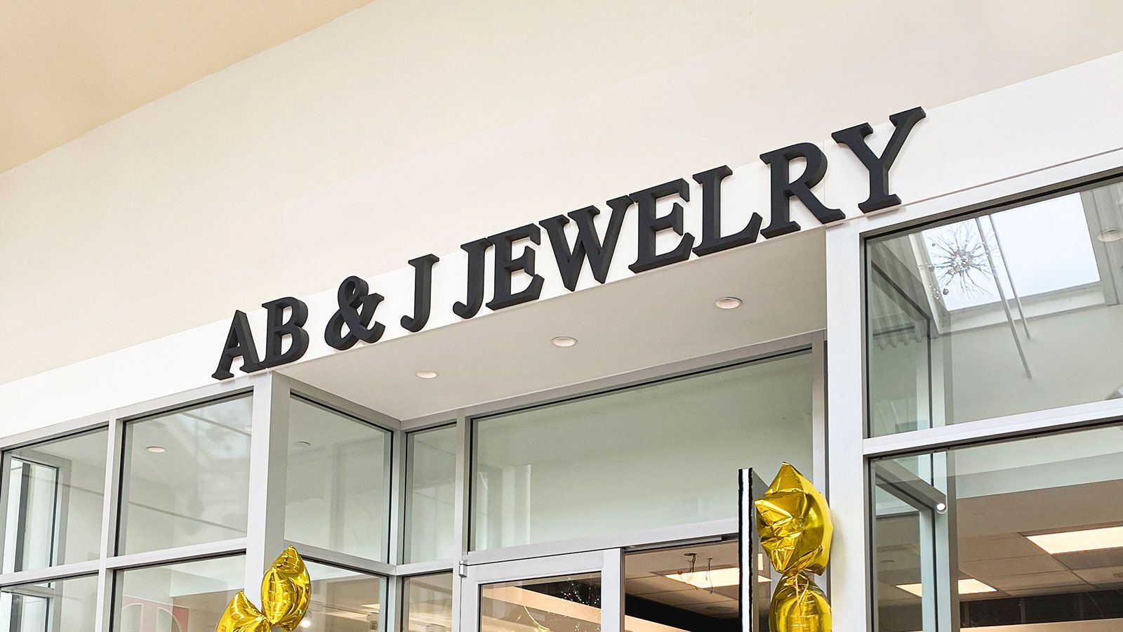 Jewelry store 3d letters
