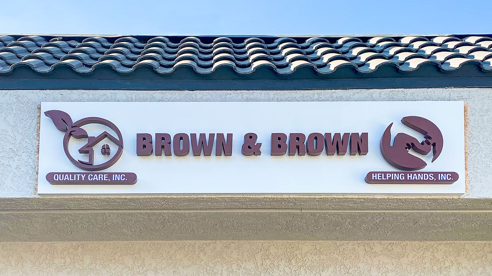 Brown & Brown 3d storefront sign displaying the name and logo of the company made of aluminum and acrylic for branding