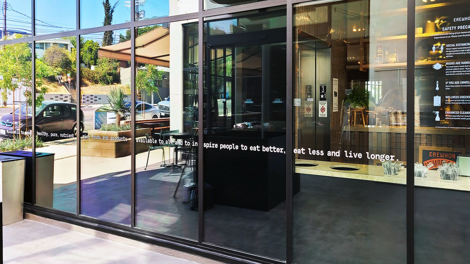 Storefront custom vinyl lettering