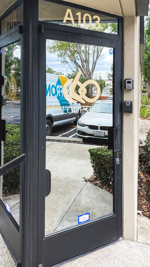 Looptify window decal