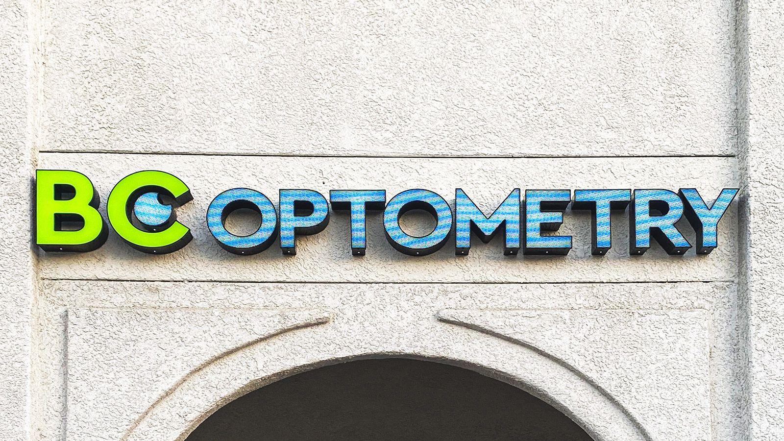 BC optometry storefront sign