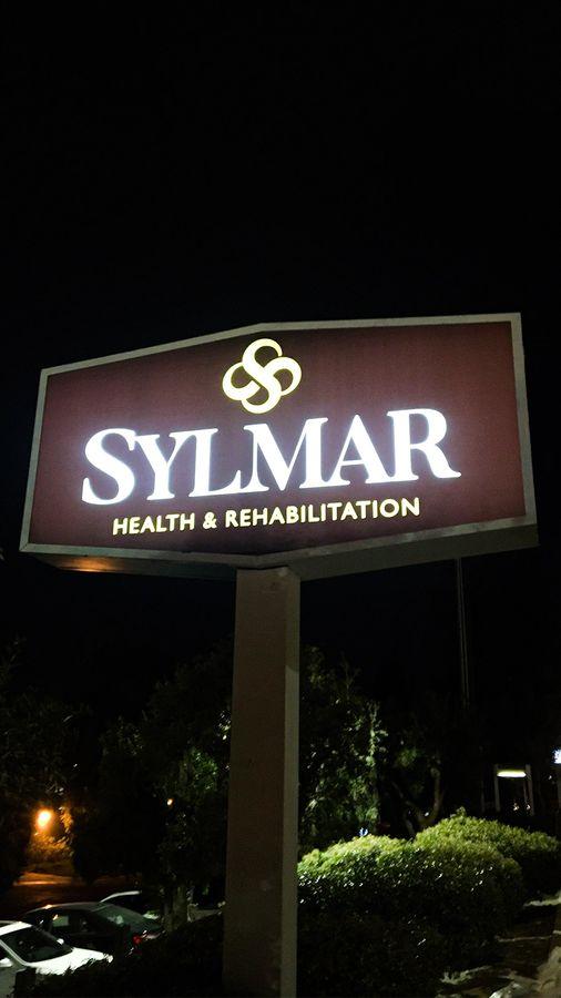 Sylmar pylon sign