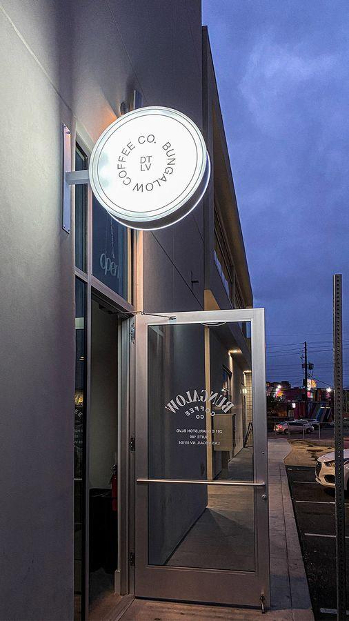 bungalow coffee lightbox sign
