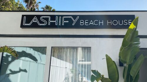 Lashify storefront neon sign