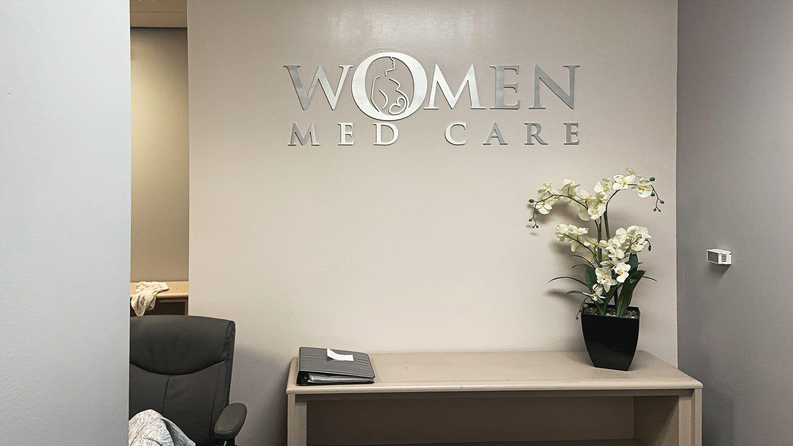 Women med care 3D letters
