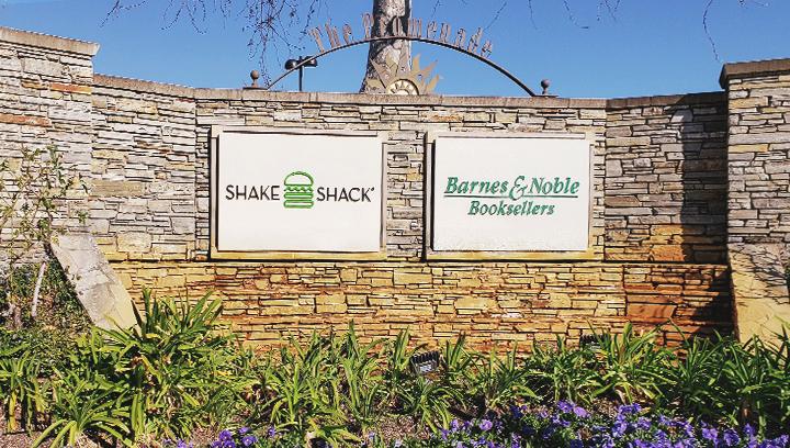 shake-shack-acrylic-sign