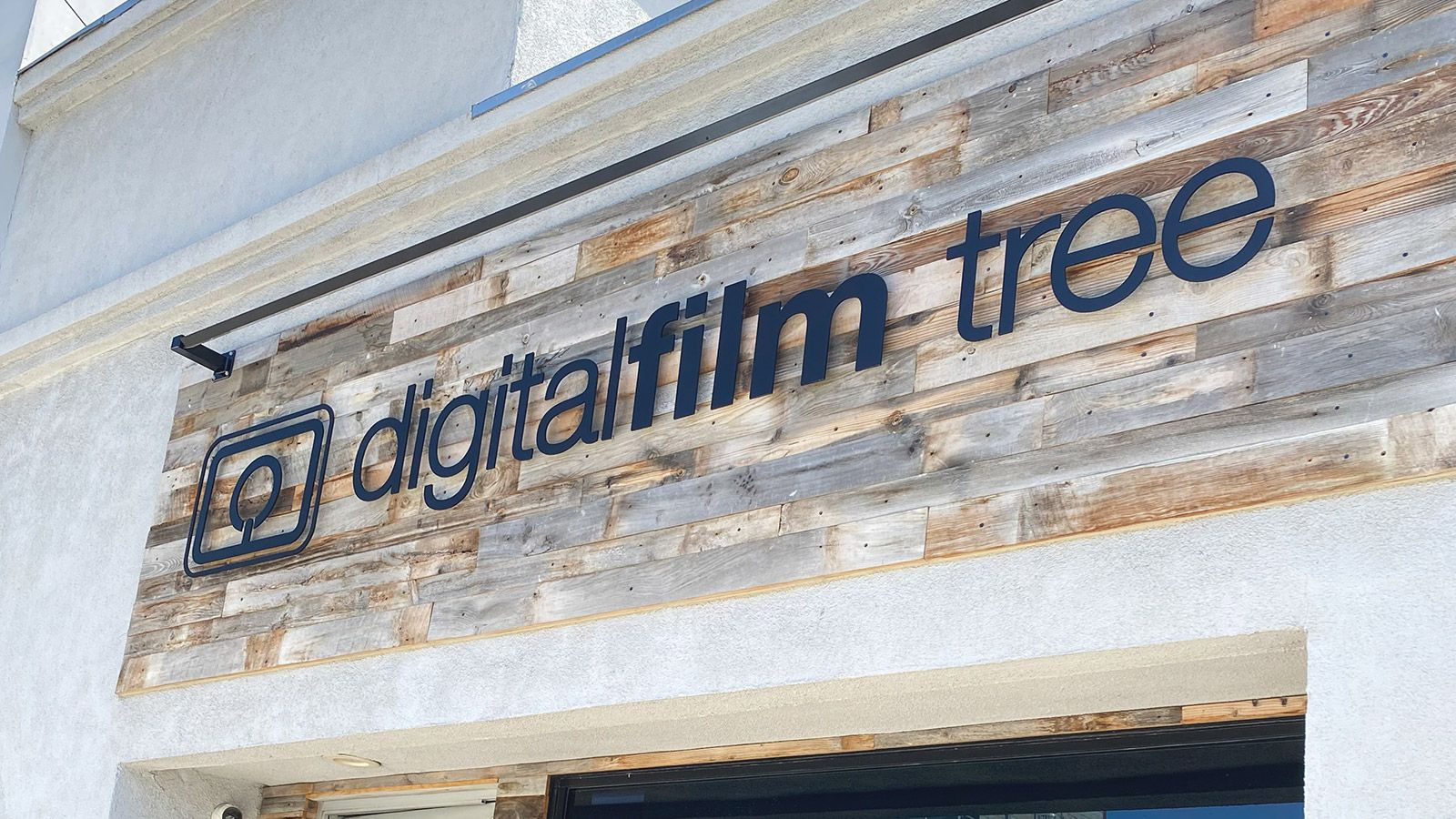 digitalfilm tree 3d sign