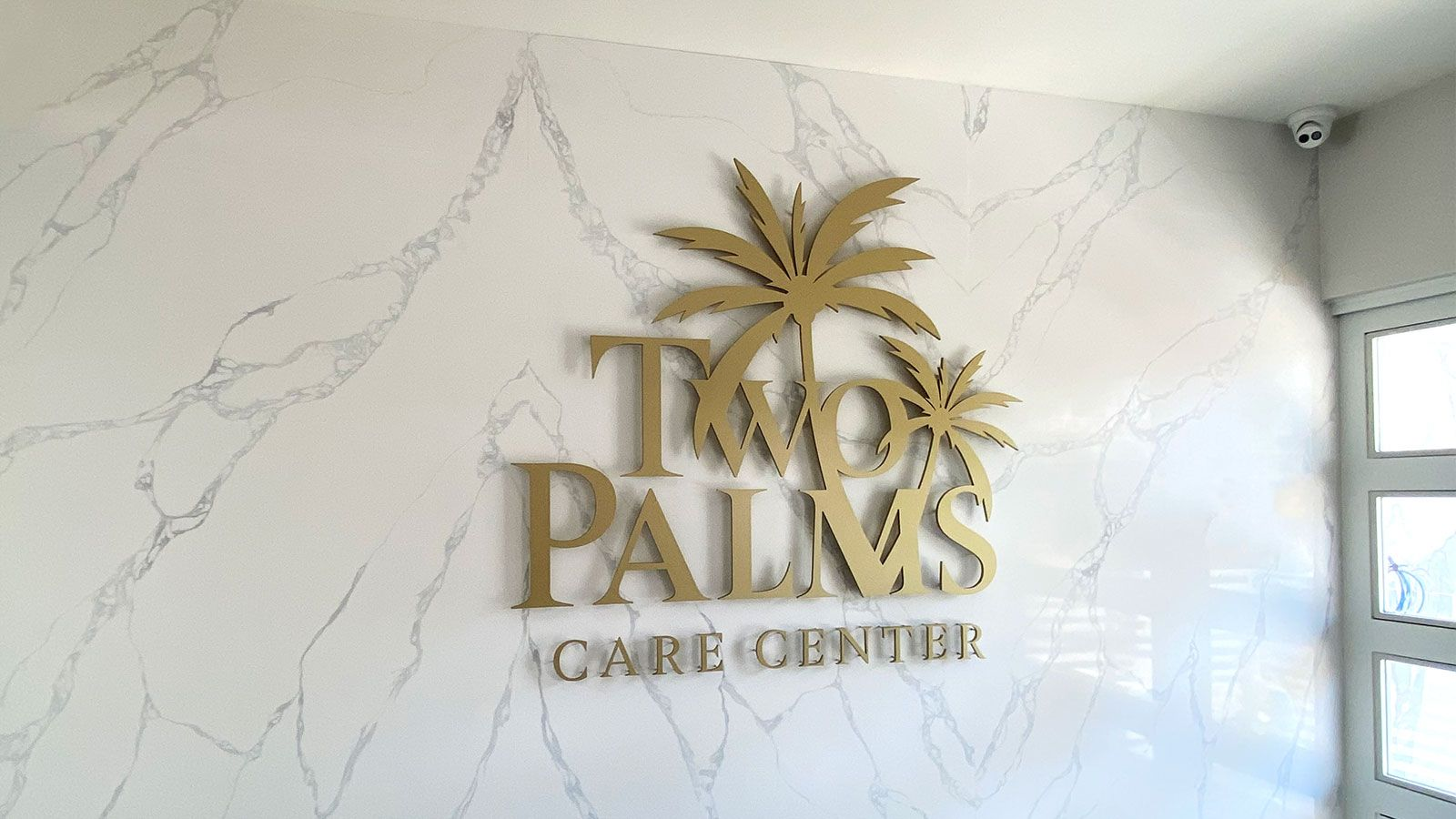 two palms indoor 3D letters