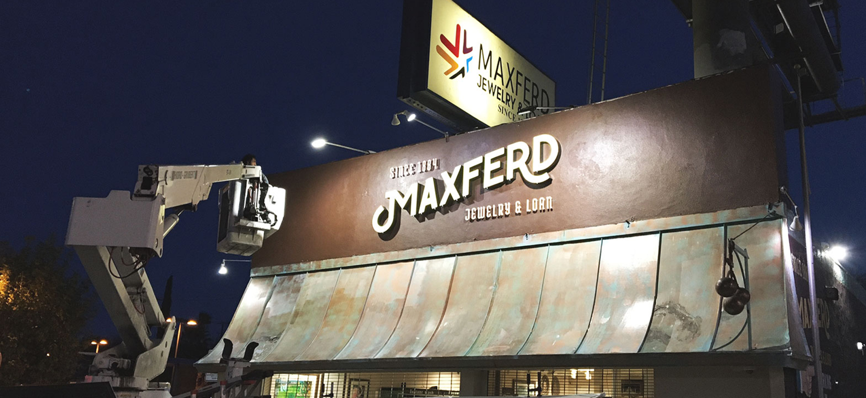 Maxferd architectural sign installation process