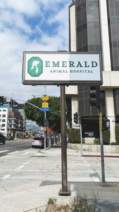 Emerald outdoor dibond sign