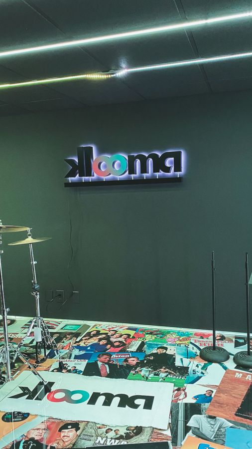 Klooma backlit office sign