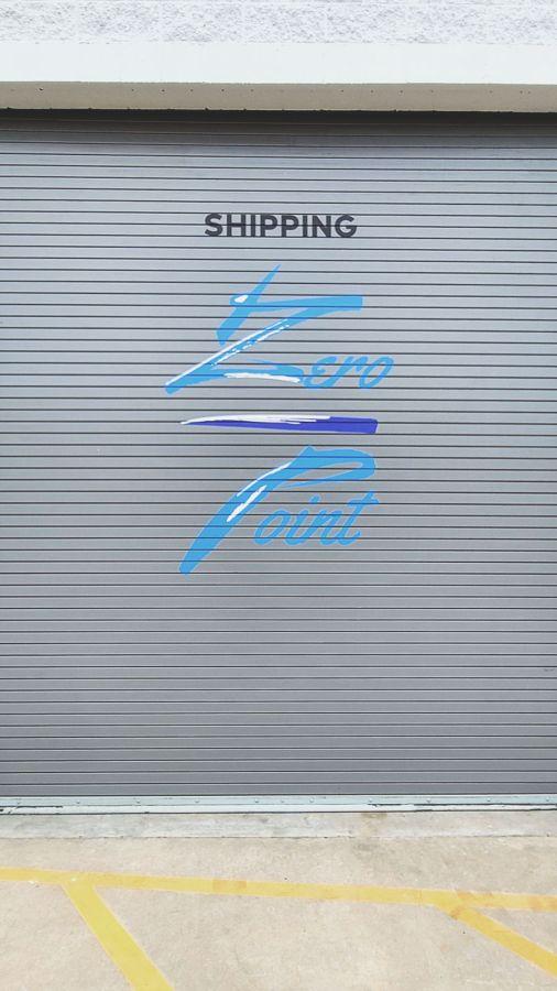 Zero point vinyl lettering
